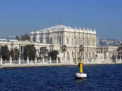 Palace beside the Bosphorus