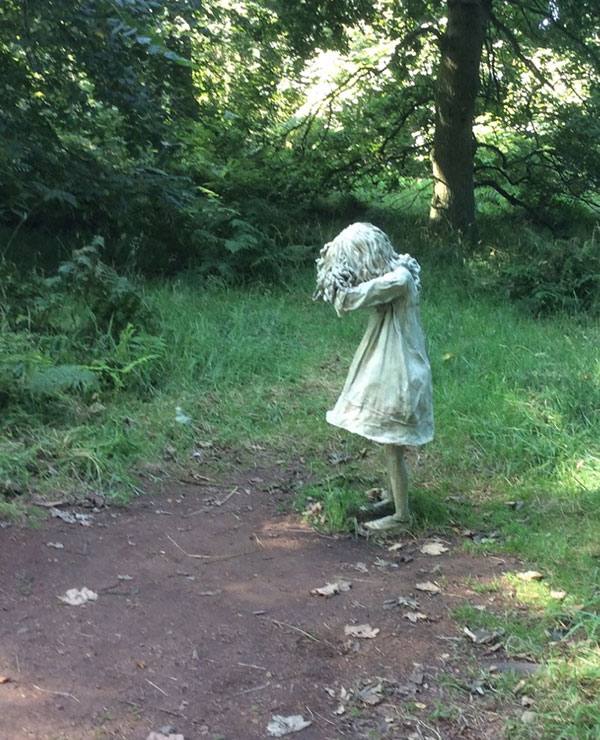 Weeping girl second statue-2