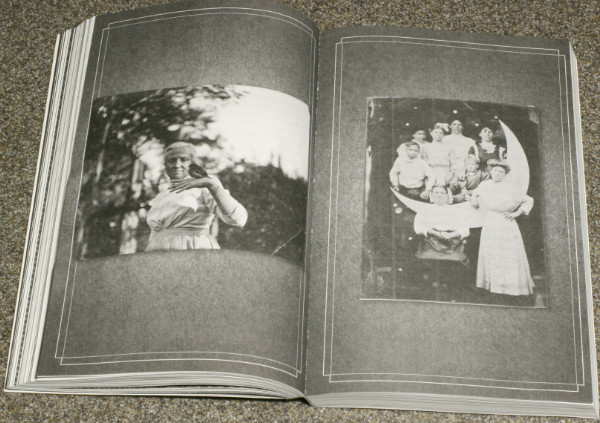 Vintage photos in Miss Peregrine